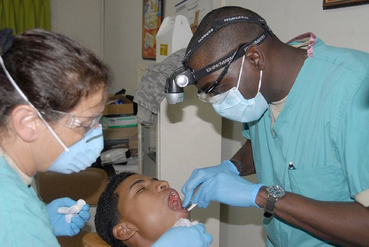 Willoughby emergency dentists checking a patient's teeth