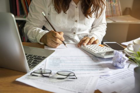 accountant in North Sydney while working